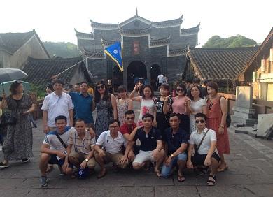 Tour Trương Gia Giới Phượng Hoàng Cố Trấn 4 ngày 3 đêm
