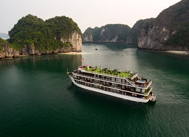 Doris Cruise- Du Thuyền Vịnh Lan Hạ