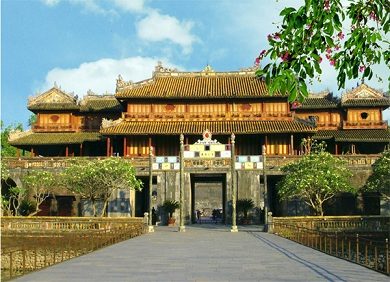 Da Nang-Son Tra-Hue-Hoi An Tour 4 days