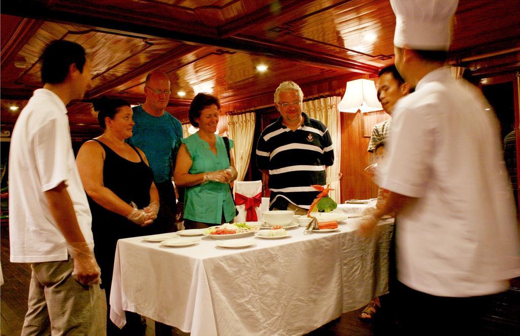 Du thuyền Aclass Legend 2 ngày 1 đêm