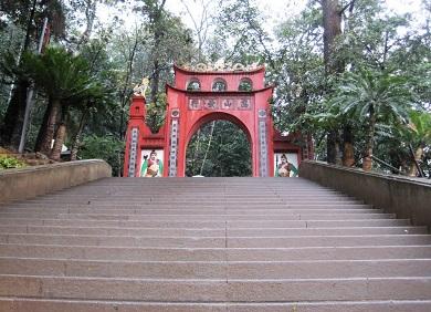 Tour Hà Nội Đền Mẫu Cơ Đền Hùng Làng Cổ Hùng Lô Hà Nội 1 ngày